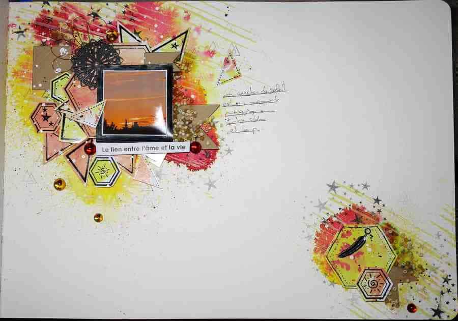 Page d'art journal sur le thème du coucher de soleil réalisé avec des pigments